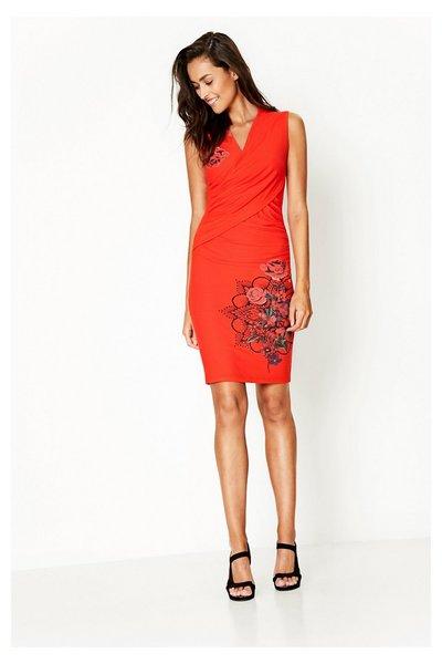 Vêtement femme: osez porter le rouge!